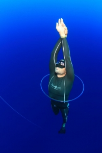 Freediver wearing Aqua Lung Sport Apnea Freediving Suit bubble ring 3