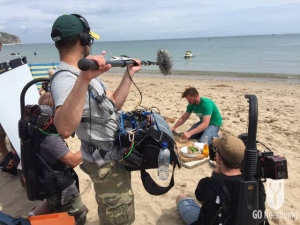 Jimmy Doherty cooking on Swanage beach for Spearfishing on Jamie and Jimmy's Friday night feast