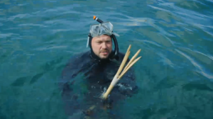 Spearfishing on Jamie and Jimmy's Friday night feast, Jimmy Doherty with homemade pole spear in water