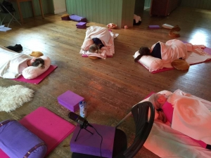 Yoga nidra for diving, students practicing yoga nidra