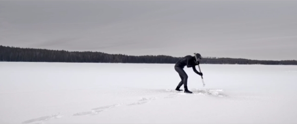 Go Freediving film Johanna Under The Ice image 3