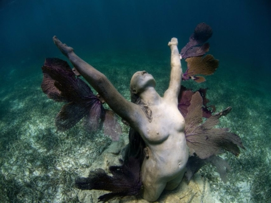 Go Freediving - 10 things you can do underwater - sculpture5 Lanzarote Atlantic Museum