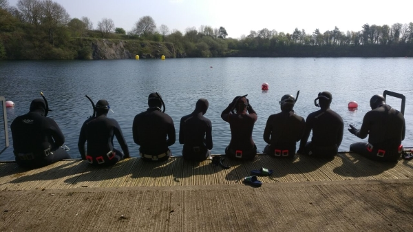 Go freediving - freediving courses in 2018 - students sitting