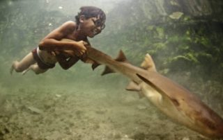 Go Freediving - sea nomads - child playing