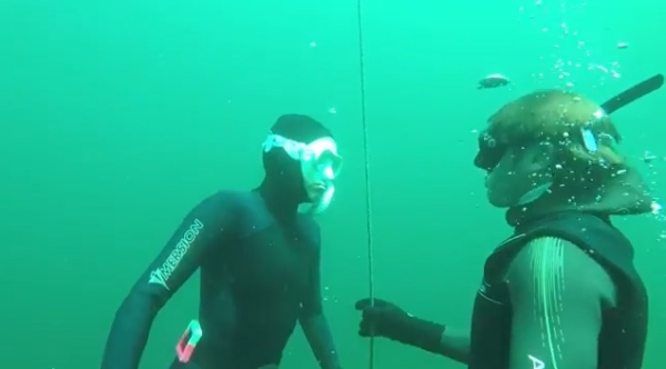 go freediving - what happens on a freediving course - buddy