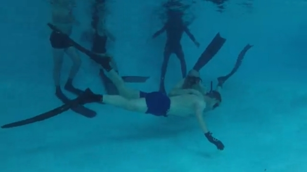 online freediving course - pool session