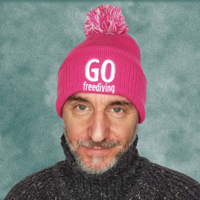 Go Freediving Beanie - Fuschia 2