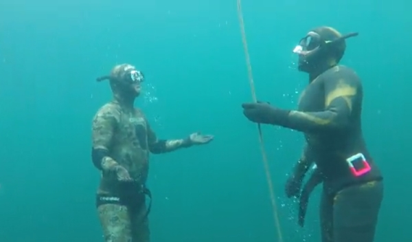 Go Freediving - learning to equalise on a freediving course - open water5