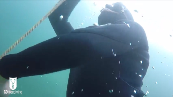 freediving in a quarry - go freediving - vobster11