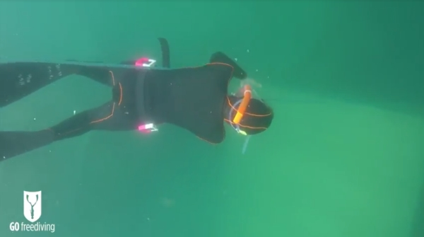 freediving in a quarry - go freediving - vobster4