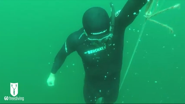 freediving in a quarry - go freediving - vobster5