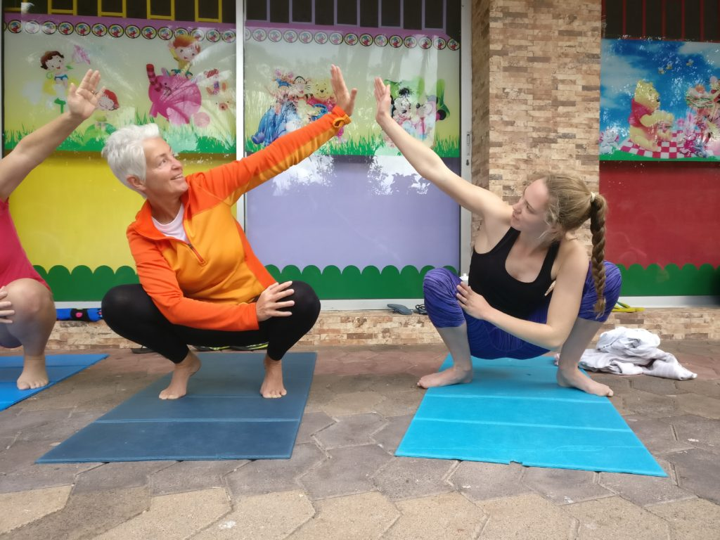 Freediving Camp - Yoga - Mandy and Alice