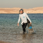 David Mellor walking out of the Red Sea on the Go Freediving holiday in Egypt